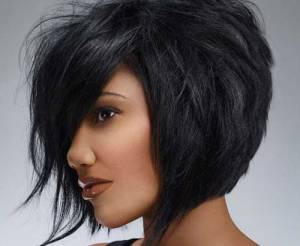 Trendy-short-black-hairstyle