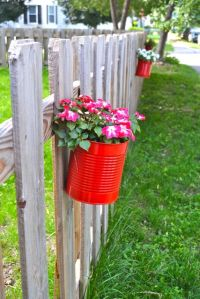Fenceflowerpots1