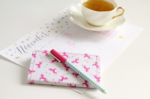 DIY-No-Sew-Fabric-Notebook-Claireabellemakes-1024x682