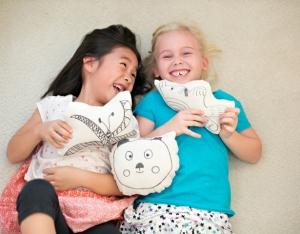 3-diy-kids-art-pillow