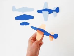 DIY-paper-Plane-by-La-maison-de-Loulou-4