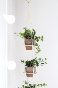 hanging-tiered-planter