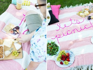 diy-giant-embroidery-picnic-blanket3-800x600