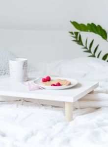 DIY-Multifunctional-wooden-Breakfast