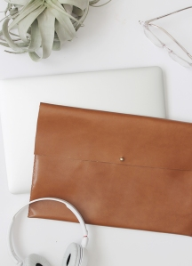 diy-easy-leather-laptop-case-almost-makes-perfect3
