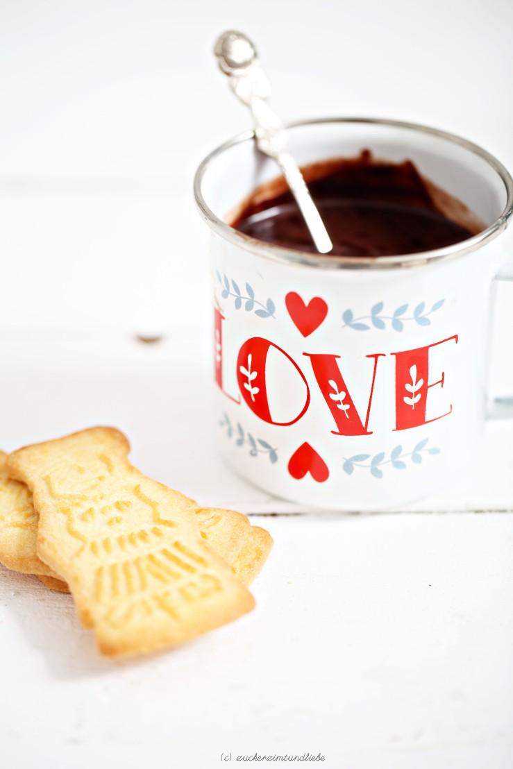 zuckerzimtundliebe_nutella-hot-chocolate1.jpg