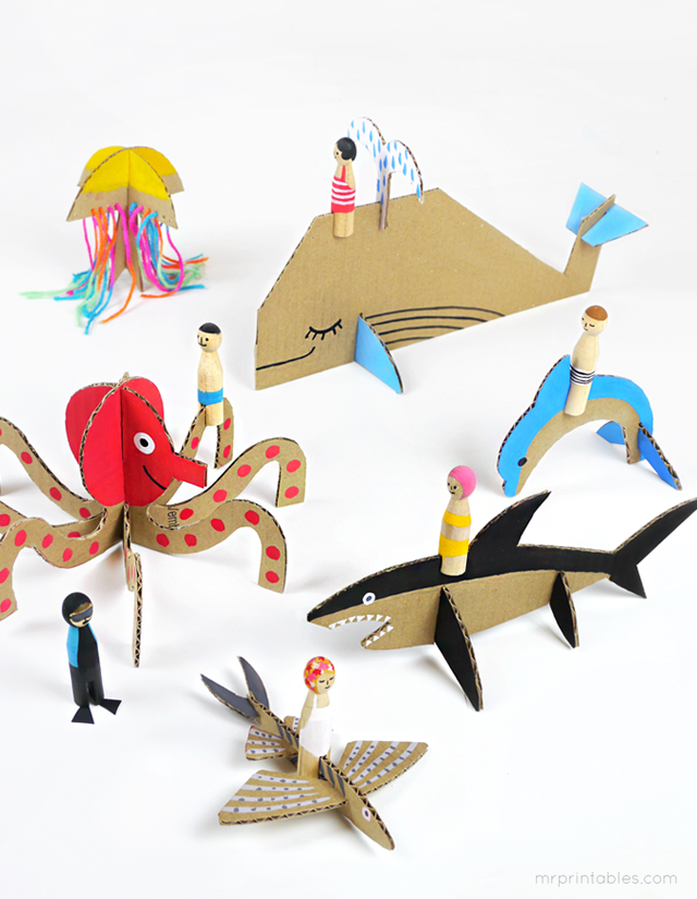 summer-peg-dolls-with-cardboard-sea-creatures
