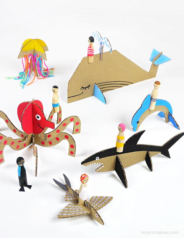 summer-peg-dolls-with-cardboard-sea-creatures